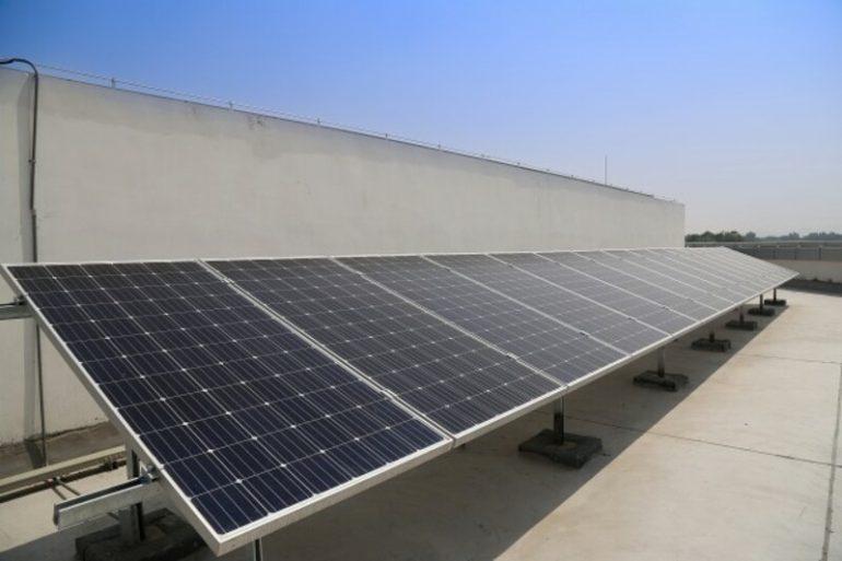 Completata l'installazione di un impianto Fotovoltaico presso l'ufficio di Poste Italiane a Milano